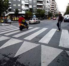 Regulacón para los pasos elevados de peatones