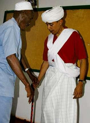 Obama acusa a Clinton de filtrar  su imagen vestido de musulmán