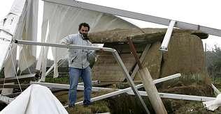 La caída de la carpa de Dombate altera el calendario de la excavación