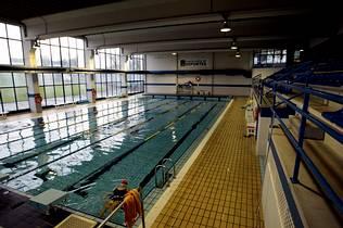 la piscina cubierta de frigsa cerrar en abril pero los