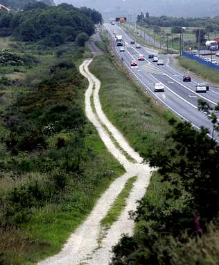El Camino Inglés discurre en algunas zonas junto a la N-550