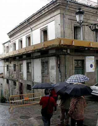 La Junta de Galicia aún busca constructora para un 50% de los albergues previstos para el 2010