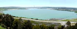 JUNIO DEL 2010. Empujado por las lluvias, el lago suma ya 327 hectómetros cúbicos y 175 metros de profundidad