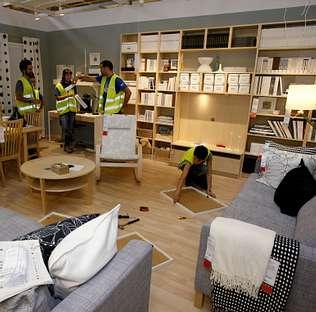 La tienda de ikea descorre sus cortinas for Muebles piso completo ikea