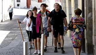 La falta de albergues en Monforte decepciona a los peregrinos