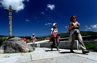 Nuevos hábitos en las peregrinaciones a Fisterra y Muxía