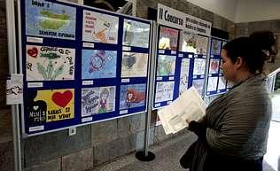 El hospital acoge una muestra sobre donaciones  y transplantes de órganos con obras de escolares