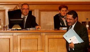 PP y BNG presionan a Bugallo para que lidere la disputa aeroportuaria