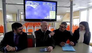 Mar de Ons y Vitrasa impulsan el uso del billete intermodal