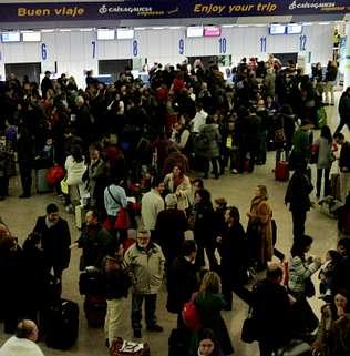La indignaci�n se propaga por los tres aeropuertos gallegos