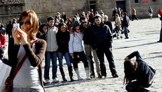 Los turistas que viajan en bajo coste gastan tres euros menos que el resto
