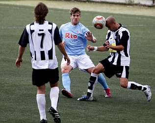 http://media.lavozdegalicia.es/default/2011/03/14/0012_201103L14C4F1/Foto/L14C4F1.jpg
