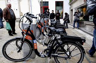 Servicio p blico de alquiler de bicicletas el ctricas en - Alquiler casco vello vigo ...