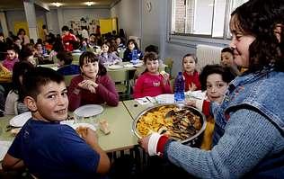 Cocineros de colegios públicos se forman para introducir en los menús productos del mar