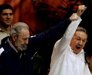 Fidel Castro se jubila del poder
