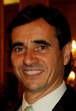 Bello Janeiro anima a denunciar por la falta de ayudas a la dependencia