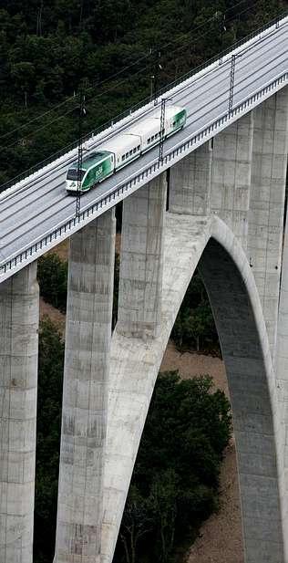 El tren ya va a 200 km/h en Galicia