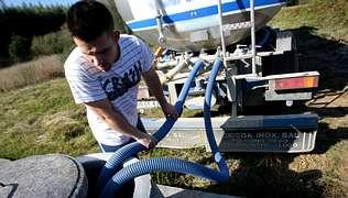 Usuarios de toda Galicia limitan el consumo de agua por la sequía