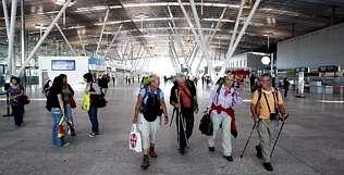 La nueva terminal arranc� con 54 vuelos y unos siete mil pasajeros