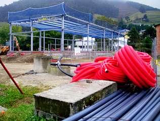 La piscina municipal de vegadeo cobra forma y podr a estar for Piscina municipal arteixo