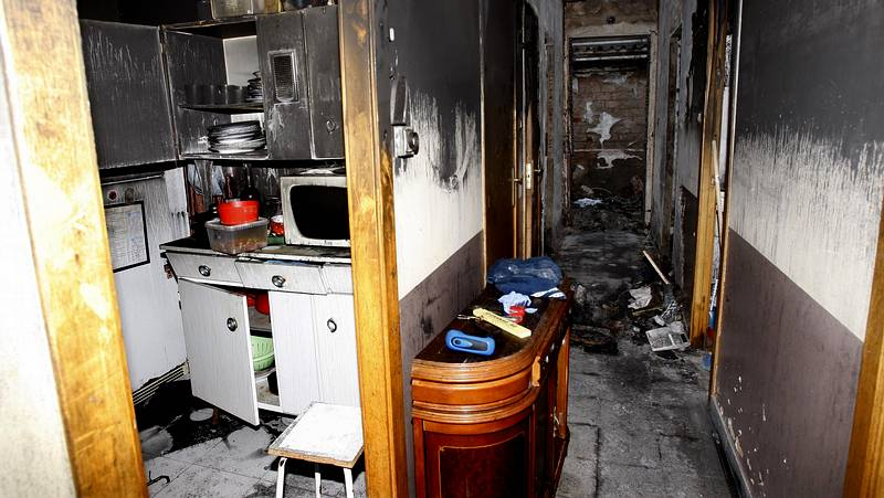 El seguro no cubre el incendio de una casa por un maltratador - El seguro de casa cubre el movil ...