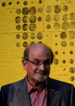 Salman Rushdie, 25 años de vida a la sombra de la fetua