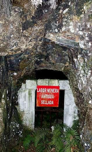 Boca sellada de una mina