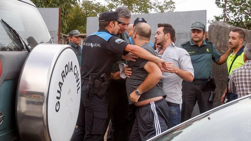 http://www.lavozdegalicia.es/video/pontevedra/2014/08/25/crimen-machista-barro/0031_2014083746929297001.htm