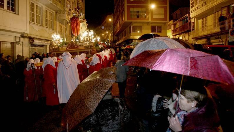 La procesión del Prendimiento tuvo que dar la vuelta Pepa Losada