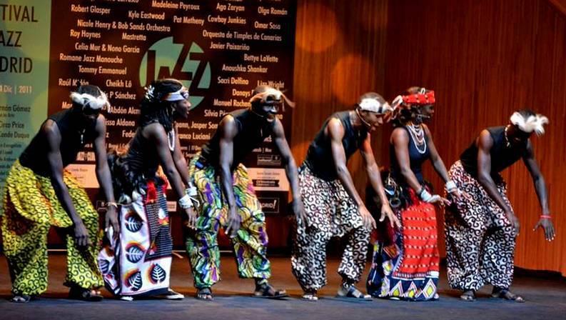 reunirse africano duro en Vigo