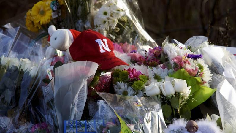 Luto por las víctimas de Newtown MICHELLE MCLOUGHLIN | Reuters