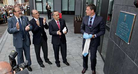El alcalde con José Manuel Rozas, Ramón Carballo y Gómez Besteiro.
