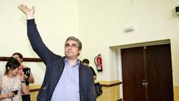 316 de los militantes presentes en su asamblea votaron a favor de la escisi�n. Se queda en el BNG el hasta ahora rostro m�s reconocible de M�is Galiza, Carlos Aymerich FOT�GRAFO: XO�N A. SOLER