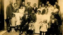 Eulogio Domínguez Méndez, de Dena, Meaño emigrado en 1914 a Argentina. Foto cuando sale de padrino de casamiento de un paisano gallego emigrado. FOTÓGRAFO: estela domínguez