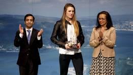 Camila Alonso recibió el premio a la Mejor Promesa FOTÓGRAFO: CESAR TOIMIL