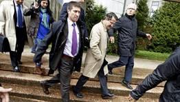 El regidor compostelano estuvo escoltado por un amplio n�mero de fuerzas de seguridad. FOT�GRAFO: �lvaro Ballesteros