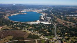 Vista a�rea del lago en su �ltima fase de llenado FOT�GRAFO: JANET GONZALEZ VALDES