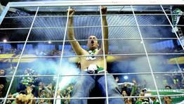 Los portugueses se las promet�an muy felices durante el primer tiempo. FOT�GRAFO: FELIX ORDONEZ | REUTERS