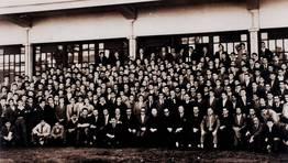 Promoci�n de aprendices de Baz�n de 1953-54 FOT�GRAFO: Pepe Sanju�n
