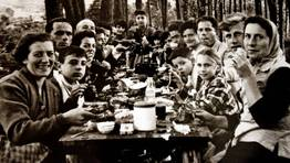 Merendola en Burela, a�o 1958 FOT�GRAFO: CEDIDA