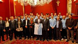 El alcalde �ngel Curr�s destac� el �orgullo� que supone el ascenso del Compos en su 50 aniversario. FOT�GRAFO: XO�N A. SOLER