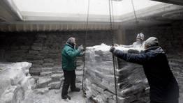 """La carga del """"Igueldo"""" se destina íntegramente a la factoría de Marfrío en el puerto de Marín FOTÓGRAFO: RAMON LEIRO"""