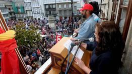 Lectura del manifiesto en la plaza Maior de Viveiro por parte de la periodista Mar García FOTÓGRAFO: PEPA LOSADA