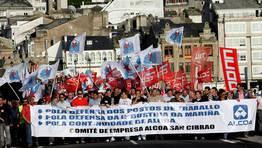 Representantes sindicales y del comité de empresa encabezaron la manifestación en Viveiro FOTÓGRAFO: PEPA LOSADA