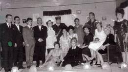 Grupo de teatro de Limodre (Fene), dirigido por Agust�n Iserne, en los a�os 60 FOT�GRAFO: Jes�s Bello