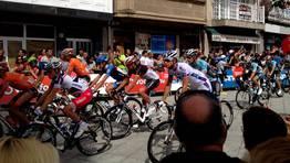 Salida de la primera etapa gallega de la Vuelta a Espa�a. FOT�GRAFO: L. G. C.