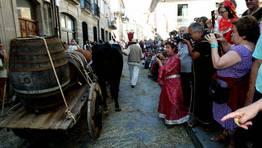 Los turistas aprovechan las escenas para llevarse un buen recuerdo FOT�GRAFO: CAPOTILLO