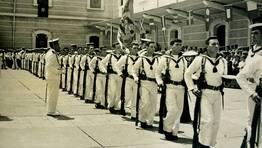 Jura de bandera en el a�o 1966 en Cartagena. En la instant�nea, marineros de Cedeira, Cari�o y Ma��n FOT�GRAFO: Christian Garc�a