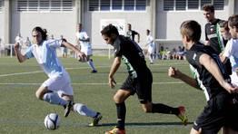 �ltimo enfrentamiento entre ambos, en la Copa Diputaci�n de esta temporada. El Compos gan� por la m�nima. FOT�GRAFO: C�SAR TOIMIL