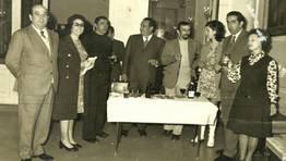Celebraci�n de Santa Rita, patroa dos empregados municipais, en maio de 1972, no sal�n dos espellos do Concello de Ferrol. Na imaxe: Perico Izaguirre, Nena Vivero, Miguel Morate, Lolo Prieto, Lu�s, Maite, Gabi, Casal e Conchita Leira FOT�GRAFO: Luis Rico Castro